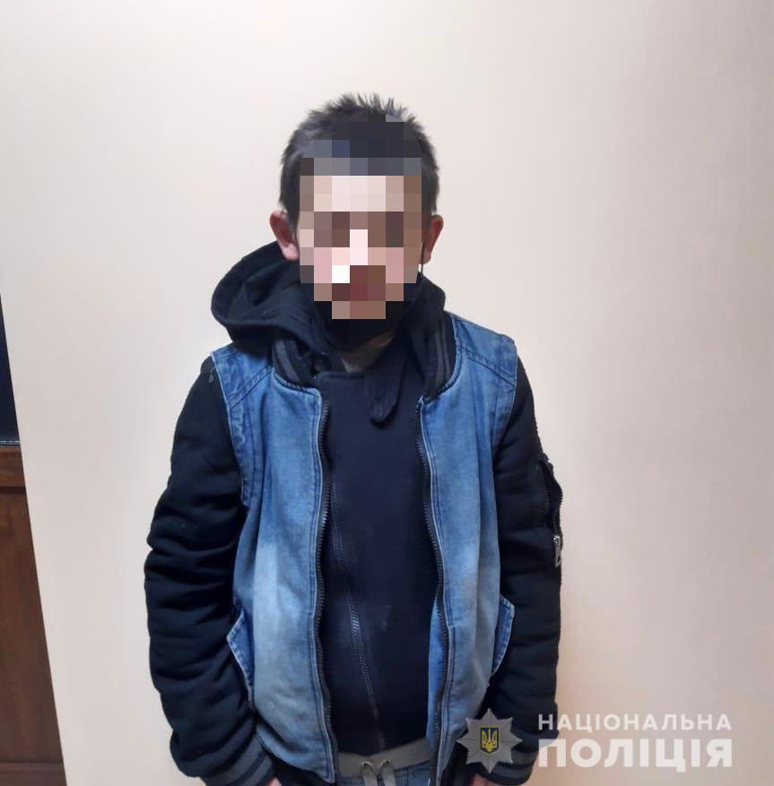 """Храм в Ужгороді зазнав """"нападу"""" дитячої """"трійці"""""""