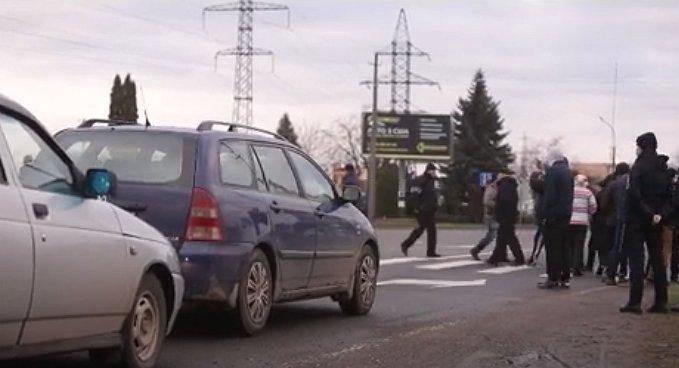 """Тарифний """"автомайдан"""" біля закарпатського Мукачево мирно """"розсмоктався"""""""