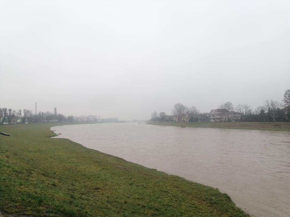 На річках Закарпаття — помаранчевий рівень небезпеки!