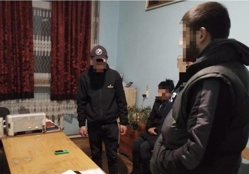 """В Закарпатье молодой зэк """"заработал"""" себе на новый срок"""