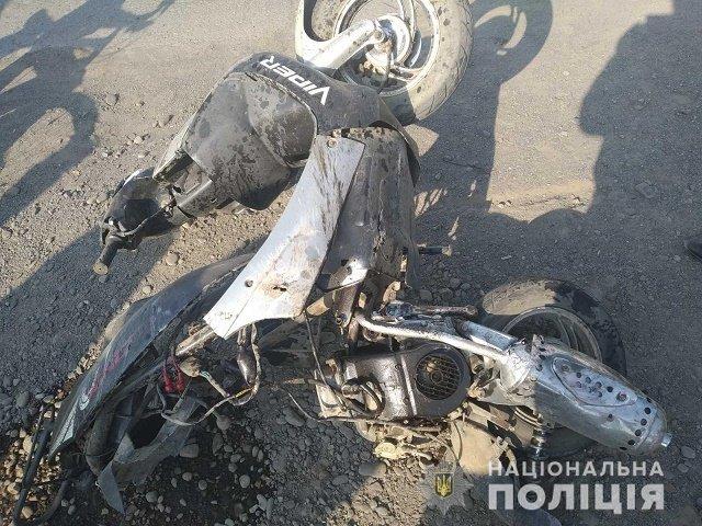 Трагическое ДТП: В Закарпатье водитель скутера скончался по дороге в больницу
