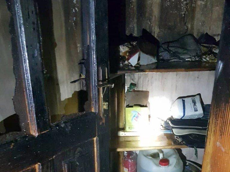 Десятки людей эвакуированы: В Закарпатье огонь под утро охватил отель