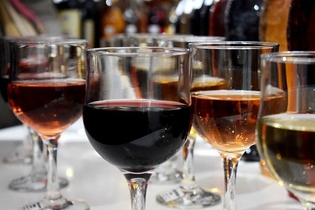 В Закарпатье стартовал 12 фестиваль молодого вина «Закарпатское Божоле»