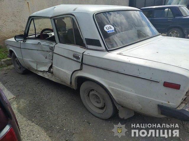 В Закарпатье водитель легковушки сбил мотоциклиста и исчез с места аварии