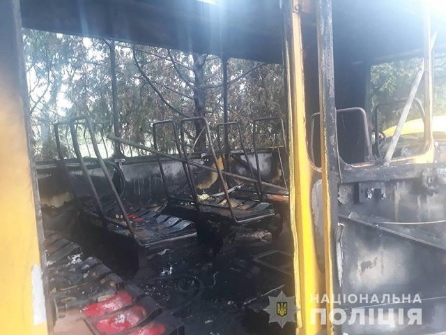 В Закарпатье ребенок сжег пассажирский автобус