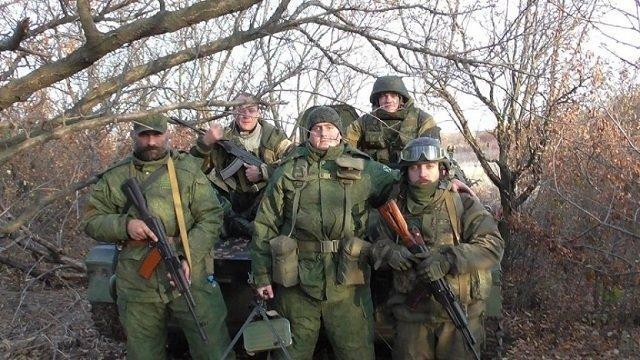 Лукаш Новачек (вверху справа)