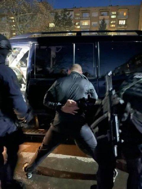 У Мукачеві вчора йшли масові затримання бандитів.