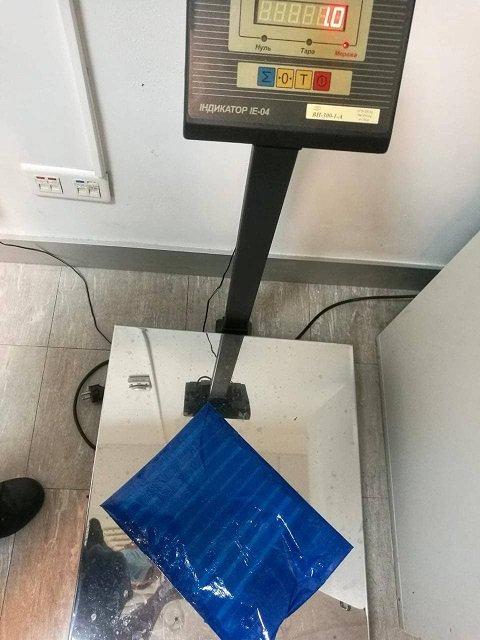 Многоэтапная спецоперация силовиков завершилась задержанием двух наркокурьеров с 2 кг кокаина