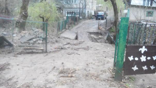 в селе Родниковая Гута Свалявского района прошел мощный ливень и сход селевых по