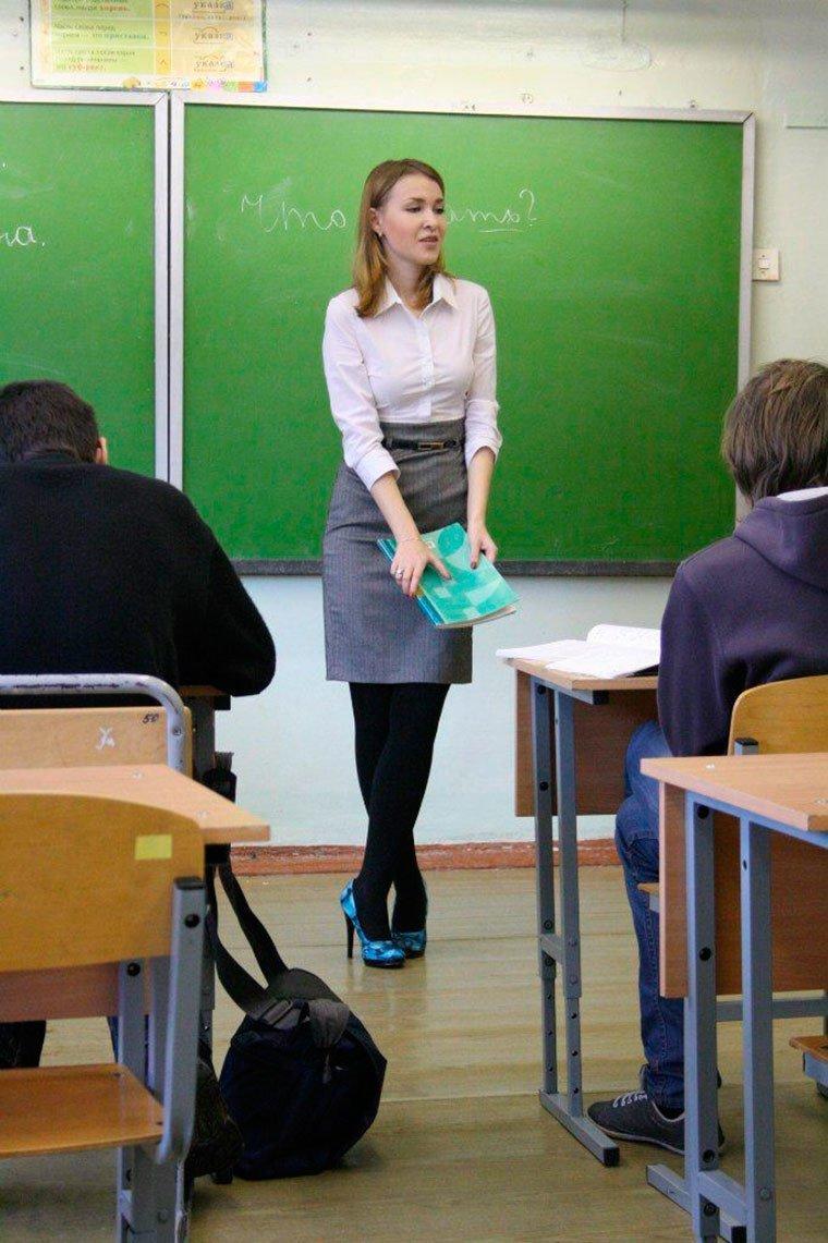 Сексуальные жопа учительнич