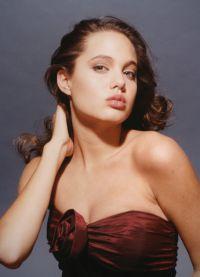 Была ли эта фотосессия для Анджелины Джоли судьбоносной?