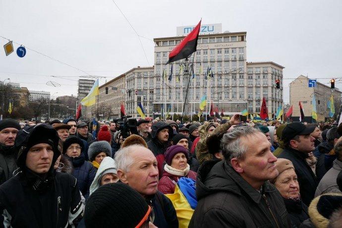 Саакашвили пообещал обнародовать данные депутатов, которые не хотят голосовать за отставку Порошенко