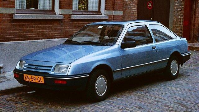 ТОП-3 доступных моделей авто для любителей дрифта (Ford Sierra)