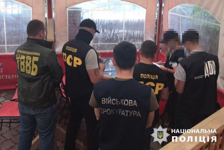 """В Закарпатье пограничники вышли на пограничную """"крысу"""", организовавшую коррупционную схему себе во благо"""