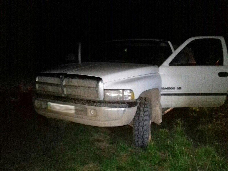Мукачевский отряд пограничников задержал вблизи границы 2 транспортных средства