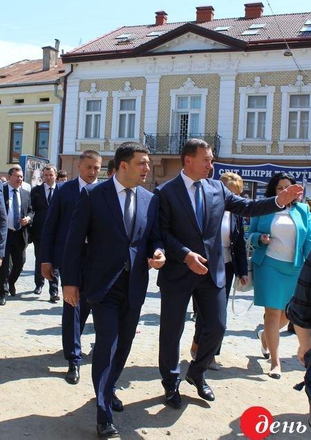 Премьер-министр Украины побывал в Ужгороде и рассказал о своих впечатлениях