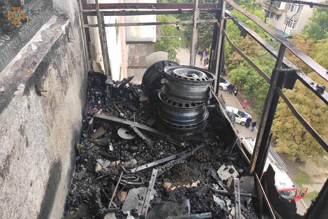В Ужгороде пока хозяев не было дома, половина квартиры превратилась в пепелище