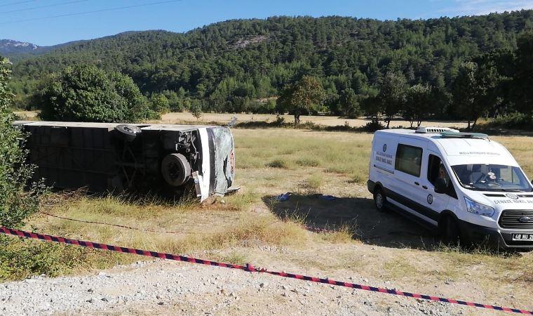 Автобус с украинскими туристами перевернулся в Турции: 49 людей пострадали, водитель скончался там же