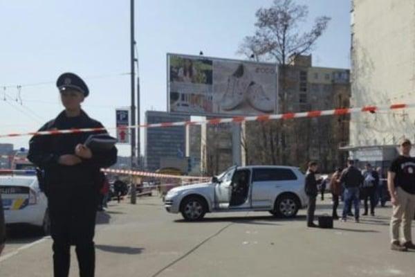 Убийца скрылся с места происшествия на Volkswagen Passat черного цвета