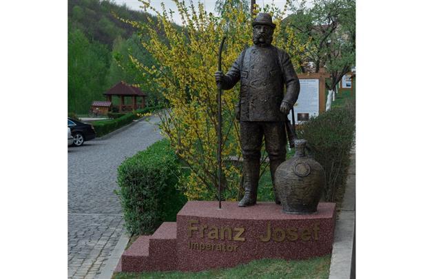 Памятник Францу Иосифу, которого закарпатцы называют Ференц-Йовшко