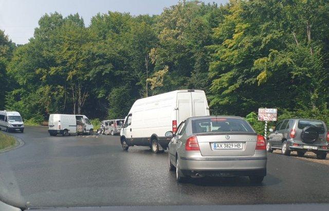 Ужасное столкновение 2 микроавтобусов в Закарпатье: Есть пострадавшие
