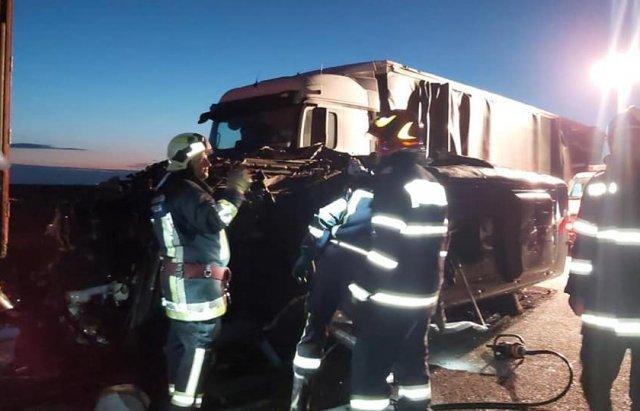 На венгерской границе кошмарное ДТП: Разбился автобус с украинцами, есть погибшие