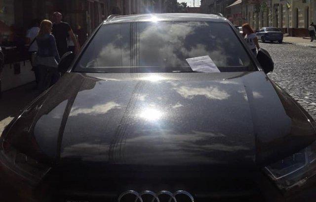 В Мукачево муниципалы штрафовали водителей, не знающих банальный ПДД
