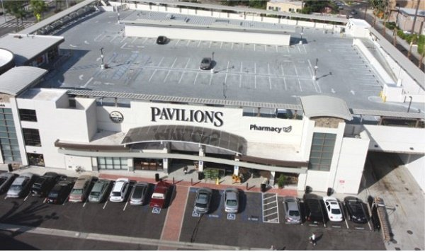 Pavilions Market Rooftop Parking, Западный Голливуд, США