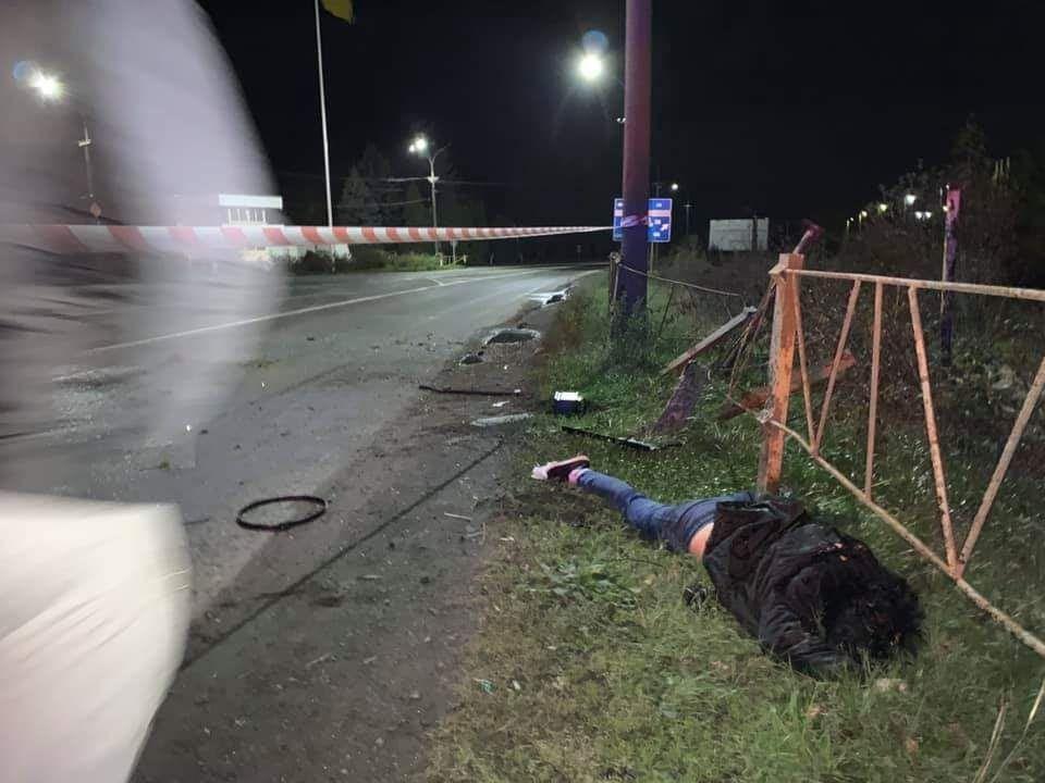 Смертельное ДТП в Мукачево: Женщина вылетела через лобовое стекло (ФОТО)