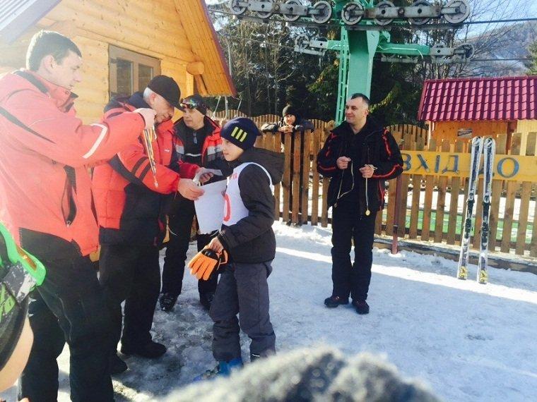 В с. Пилипец прошел турнир среди детей по горнолыжному спорту