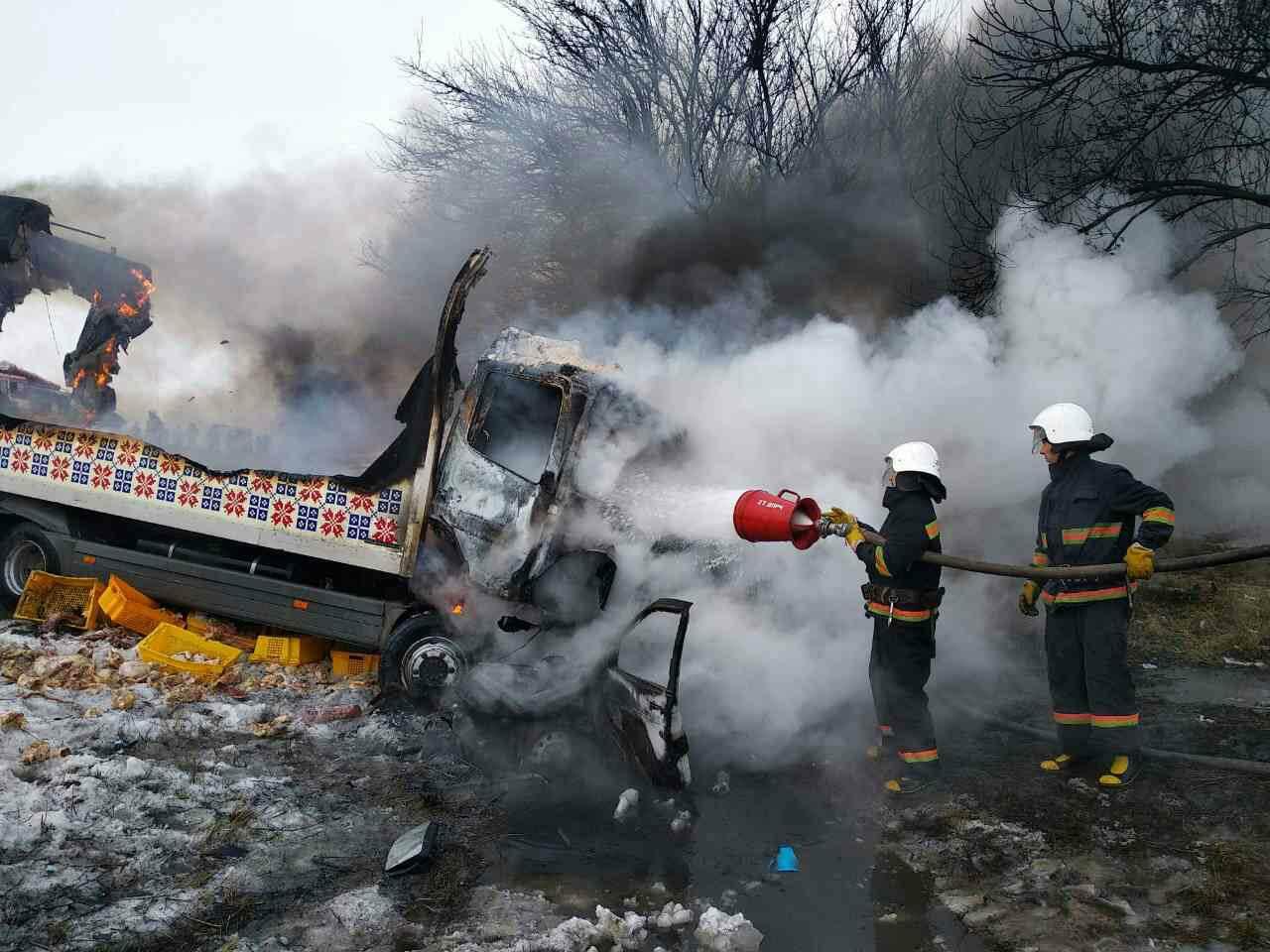 ДТП в Днепропетровской области: В результате погибло 3 человека, еще 3 пострадали