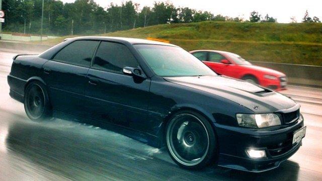 ТОП-3 доступных моделей авто для любителей дрифта (Toyota Chaser)