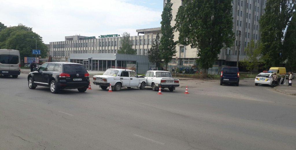 Стало известно об аварии в областном центре Закарпатья на улице Гагарина