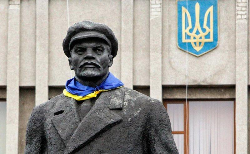 Украинцы должны быть благодарны Владимиру Ленину и советской власти за то, что они образовали и Украину, и украинство.