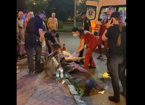 ДТП с детьми в центре Ужгорода: У парня рассечена голова, девушка от шока потеряла сознание