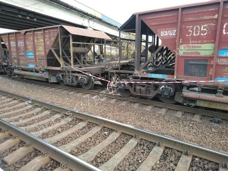 В Мукачево под мостом поезд расчленил человека