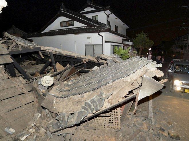 После двух землетрясений в Японии проснулся вулкан Асо