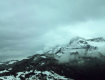 Українські Карпати все ще засипає снігом