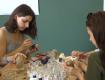 У столиці Закарпаття виготовлляли вази з непотрібних пляшок, які не переробляються