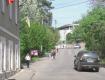 Ужгород. Пішоходи на вулиці Кошицькій щодня наражаються на небезпеку потрапити під колеса автівок
