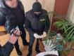 """600 евро как с куста: В Закарпатье разоблачена коррупционная """"крыса"""" при уважаемой должности ("""