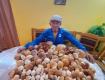 Грибной улов везунчика на Закарпатье спровоцировал спор в соцсетях