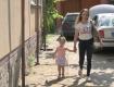 В Закарпатье местный житель всеми силами борется за свою дочь