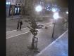 Камеры зафиксировали мерзкий поступок хулиганов в центре Ужгорода