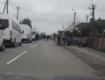 """Очередь из 300 автомобилей: Заробитчане """"атакуют"""" границу в Закарпатье"""