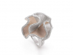 Кольцо из белого и желтого золота Annamaria Cammilli Sultana с белыми бриллиантами.