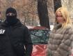 Киевский капитан полиции пришла за взяткой в дорогой шубе