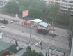 По городу движется колонна Российской артиллерии и бронетехники