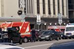 В Киеве террорист захватил банк и угрожает заложникам бомбой