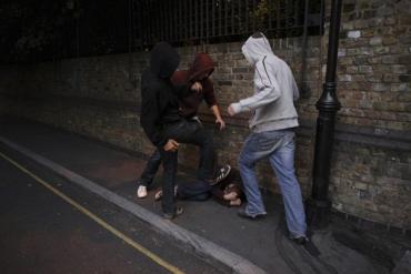 В Закарпатье двое дебоширов из Житомира избили человека